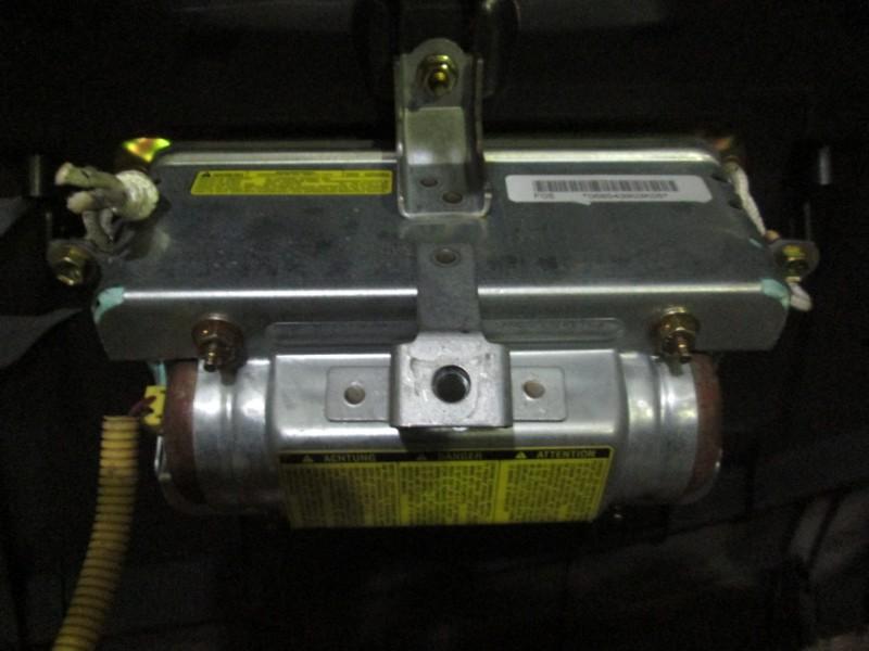 Подушка безопасности пассажира Toyota Corolla E120 4ZZ-FE 2007