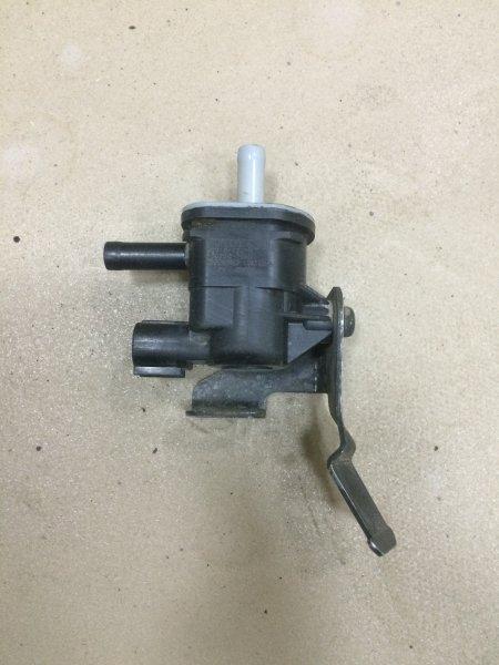 Клапан продувки адсорбера Toyota Corolla E150 1NR-FE 2013