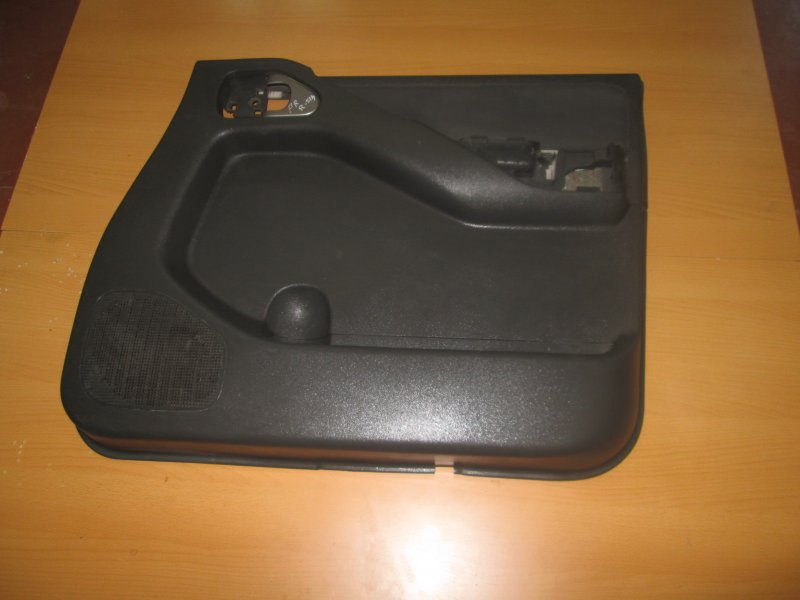 Обшивка двери Nissan Pathfinder R51M YD25 2005 передняя правая