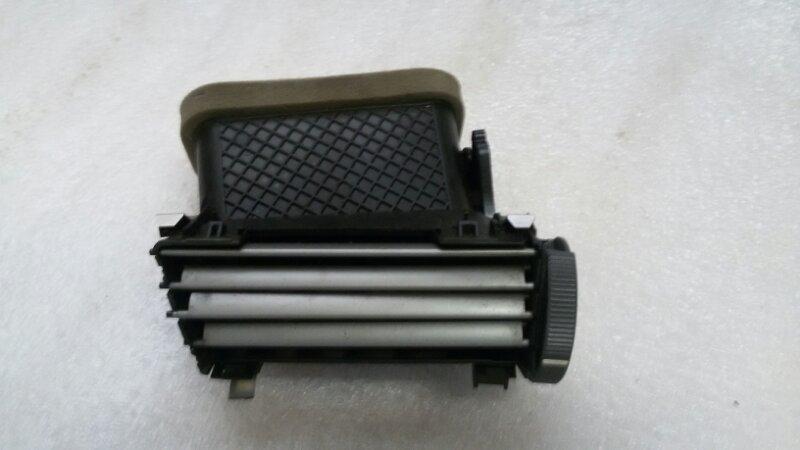 Решетка вентиляционная Bmw 7-Series E66 N62B40A 2006 передняя левая