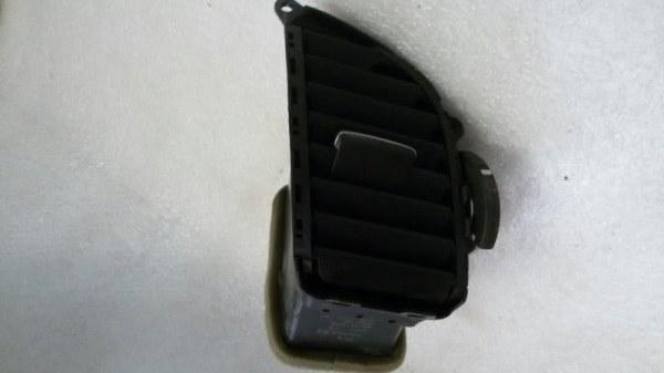 Решетка вентиляционная Honda Accord CU2 K24Z3 2011 передняя левая