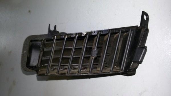 Решетка вентиляционная Mitsubishi Pajero Sport KH4W 4D56 2012 передняя левая