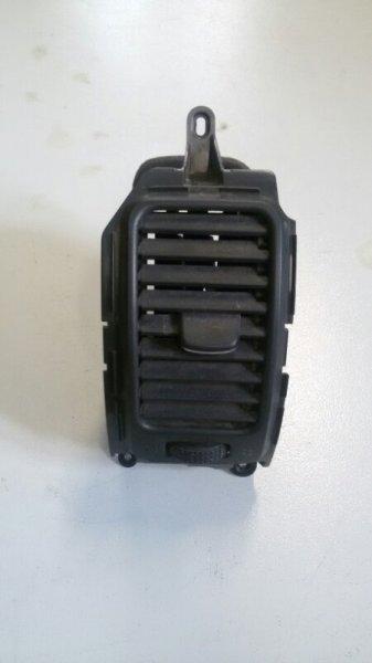 Решетка вентиляционная Nissan Pathfinder R51M YD25 2005 передняя