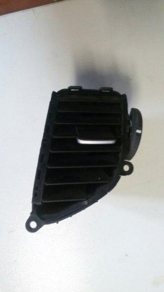 Решетка вентиляционная Honda Accord CU2 K24Z3 2008 передняя