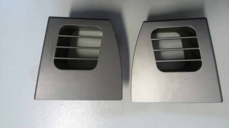 Решетка вентиляционная Bmw 3-Series E90 N52B25 2006