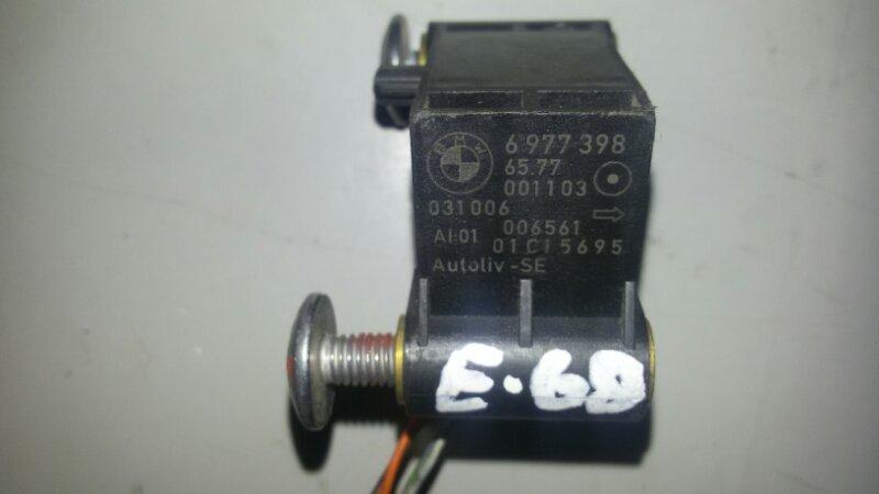 Датчик airbag Bmw 5-Series E60 N52B25A 2006