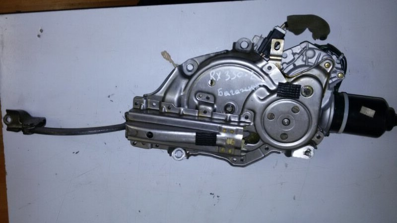 Доводчик двери багажника Lexus Rx330 MCU38 3MZ-FE 2005 задний