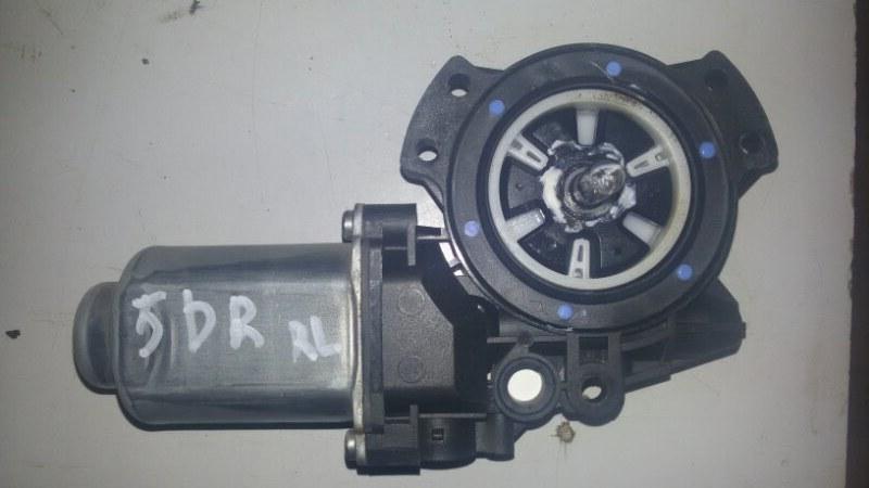 Моторчик стеклоподъемника Hyundai Santa Fe CM G4KE, 2.4L 2010 задний левый