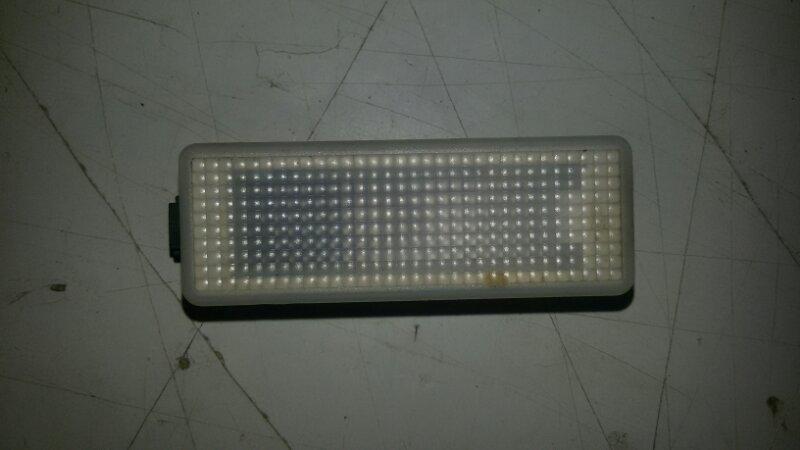 Плафон салона Bmw X5 E70 M57TU2D30 2008 передний правый нижний