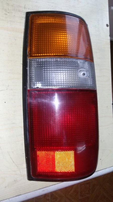 Задний фонарь Toyota Land Cruiser 80 FZJ80, FZJ80G, HDJ80, HDJ81, HDJ81V, HZJ80, HZJ81, HZJ81V задний правый