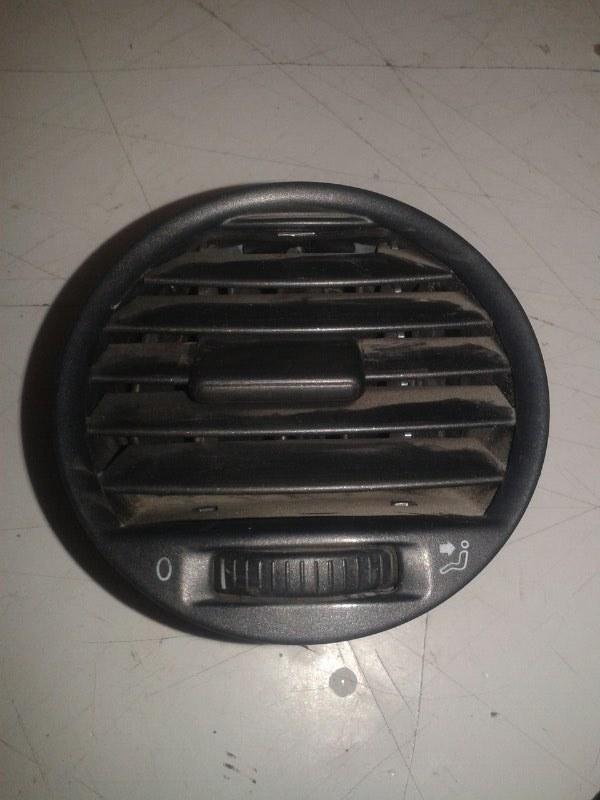 Решетка вентиляционная Volkswagen Caddy 2KB BSE 2007 передняя левая