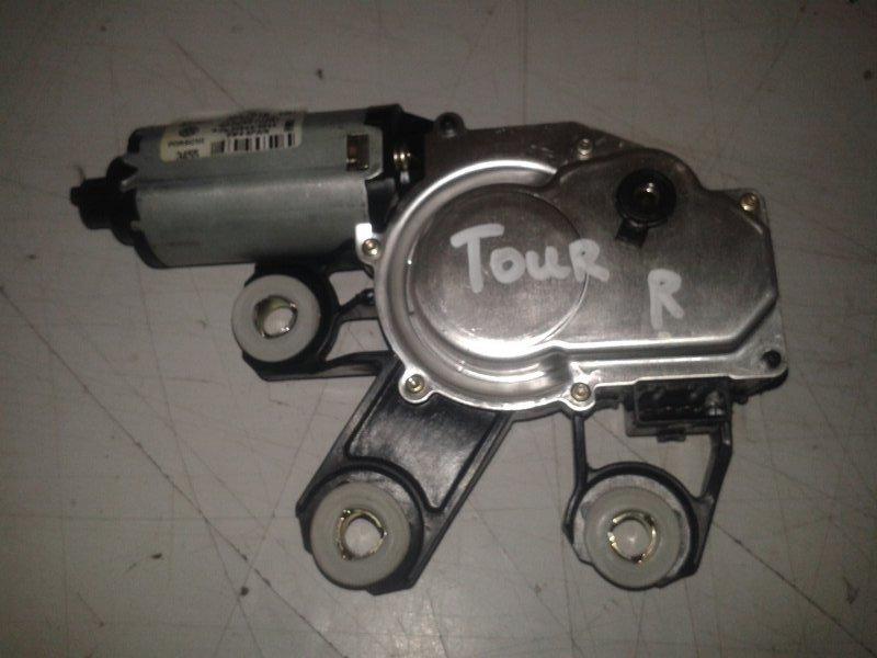 Моторчик заднего дворника Volkswagen Touareg 7LA AXQ 2005 задний