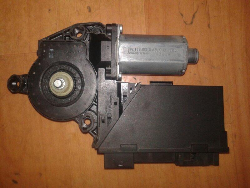 Моторчик стеклоподъемника Volkswagen Touareg 7LA AXQ 2005 задний левый