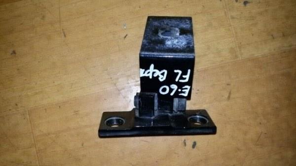 Крепление двери Bmw 5-Series E60 N52B25A 2006 переднее левое