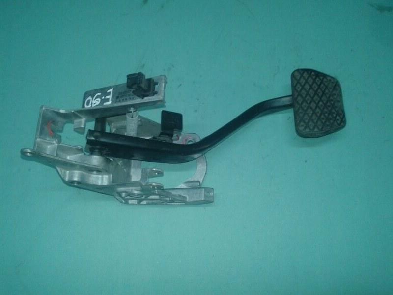 Педаль тормоза Bmw 3-Series E90 N52B25 2006