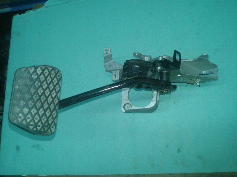 Педаль тормоза Bmw X5 E53 M62B44TU 2001