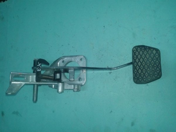 Педаль тормоза Bmw X3 E83 N52B30 2007