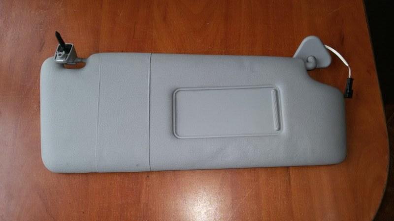 Козырек солнцезащитный Bmw X3 E83 N52B30 2007 правый