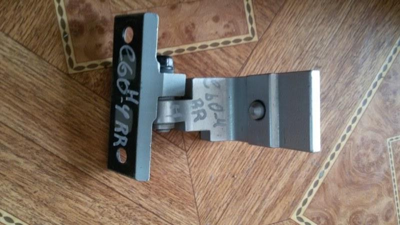 Крепление двери Bmw 5-Series E60 N52B25A 2007 заднее правое