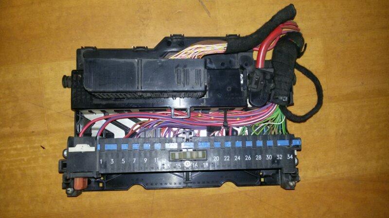 Блок предохранителей, реле салона Bmw X3 E83 N52B30 2007