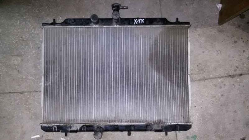 Радиатор охлаждения двигателя Nissan X-Trail T31 QR25DE 2012