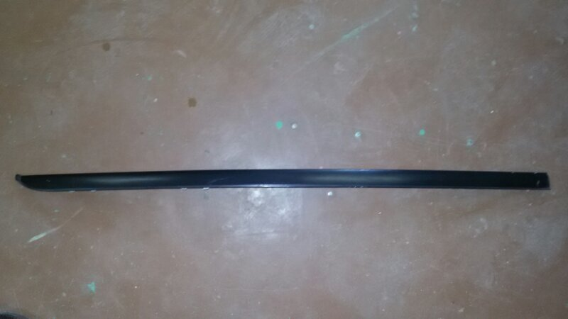 Молдинг лобового стекла Bmw 5-Series E60 N52B25A 2007 правый