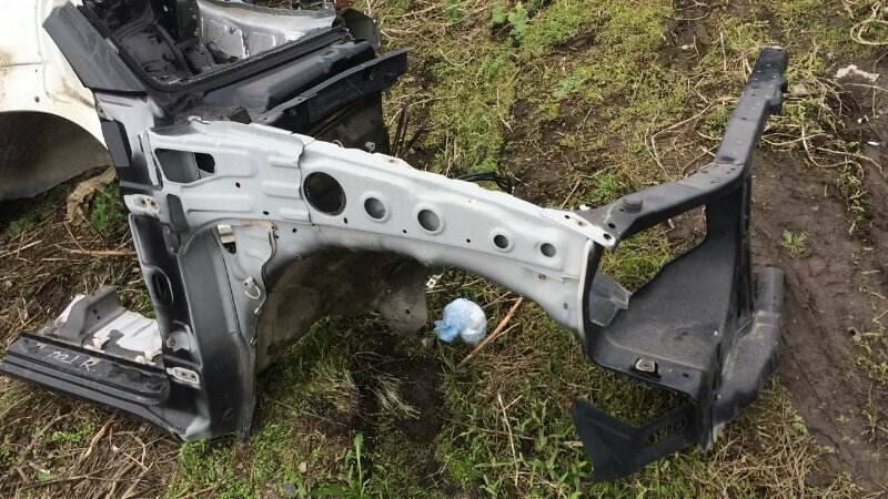 Лонжерон Mitsubishi Pajero Sport KH4W 4D56 2012 передний правый