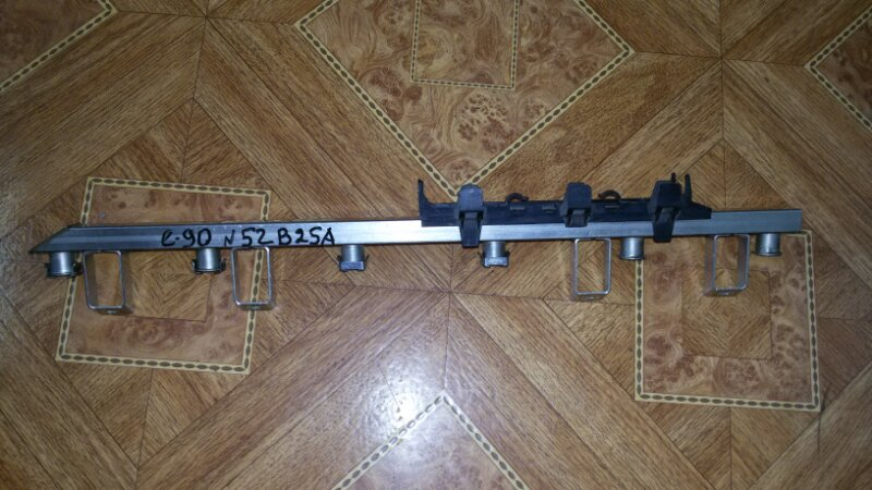 Топливная рейка (рампа) Bmw 3-Series E90 N52B25 2006