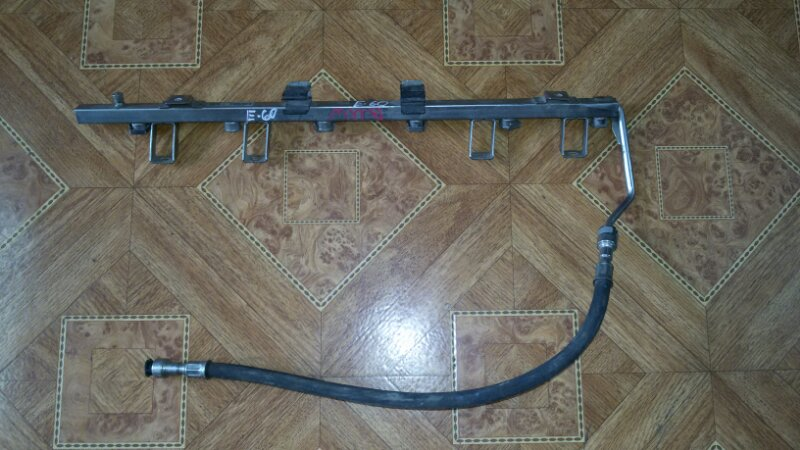 Топливная рейка (рампа) Bmw 5-Series E60 M54B25 2004