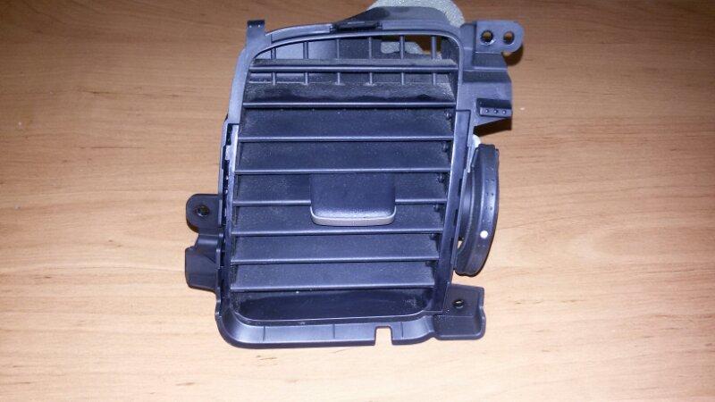 Решетка вентиляционная Honda Civic FD3 LDA2 2011 передняя левая