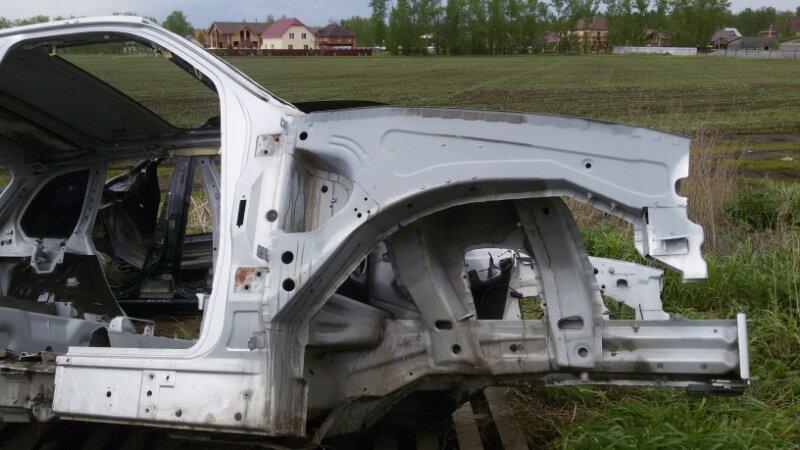 Лонжерон Bmw X5 E53 M62B44TU 2001 передний правый