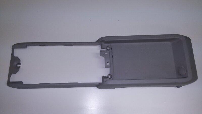 Консоль центральная Lexus Rx330 MCU38 3MZ-FE 2005 нижний