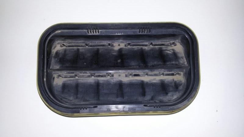 Клапан вентиляции Volkswagen Touareg 7LA AXQ 2005 задний