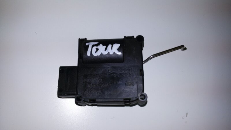 Мотор заслонки печки Volkswagen Touareg 7LA AXQ 2005