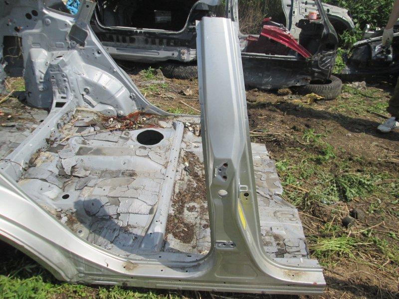Стойка кузова Lexus Rx330 MCU38 3MZ-FE 2005 правая