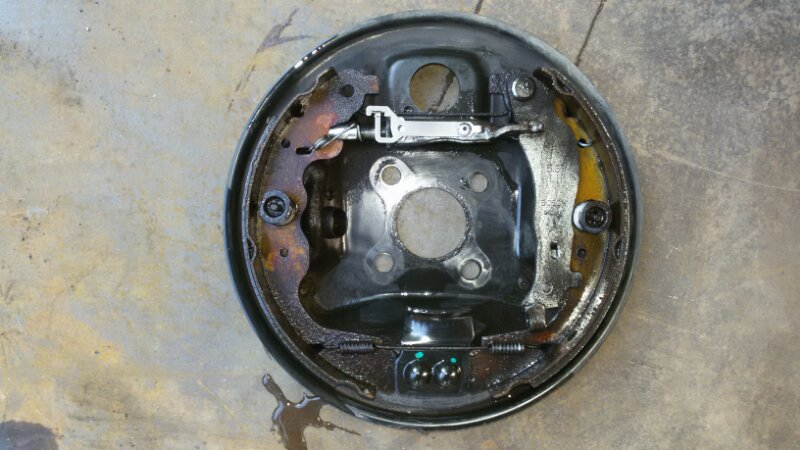 Механизм стояночного тормоза Nissan Almera G15 K4M, 1,6 2014 задний левый