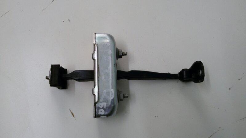 Ограничитель двери Toyota Rav4 ACA30 1AZ-FE 2007 задний
