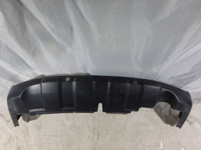Накладка на бампер Honda Cr-V RE5, RE7 K24A, K24Z1, K24Z4, K24Z6, R20A1, R20A2 2012 задняя нижняя