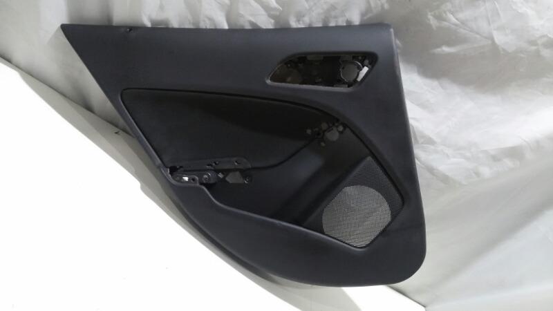 Обшивка двери Mercedes-Benz Gla-Class X156 M133E20, M270E16, M270E20, M651D22, OM607 2016 задняя левая