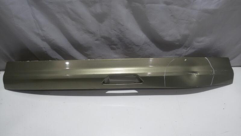 Накладка на дверь багажника Ford Kuga CBS DURATEC25, JQMA, JQMB, JTMA, M9MA, UFMA 2013 задняя