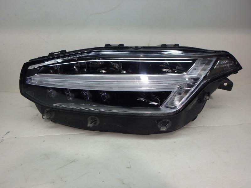 Фара Volvo Xc90 LA2, LA4 B4204T23, B4204T27, B4204T35, D4204T11, D4204T14, D4204T23 2018 передняя левая