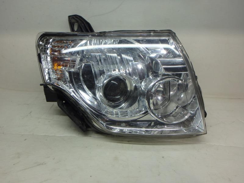 Фара Mitsubishi Pajero V83W, V85W, V87W, V88W, V93W, V97W, V98W 4M40, 4M41, 6G72, 6G74, 6G75 2017 передняя правая
