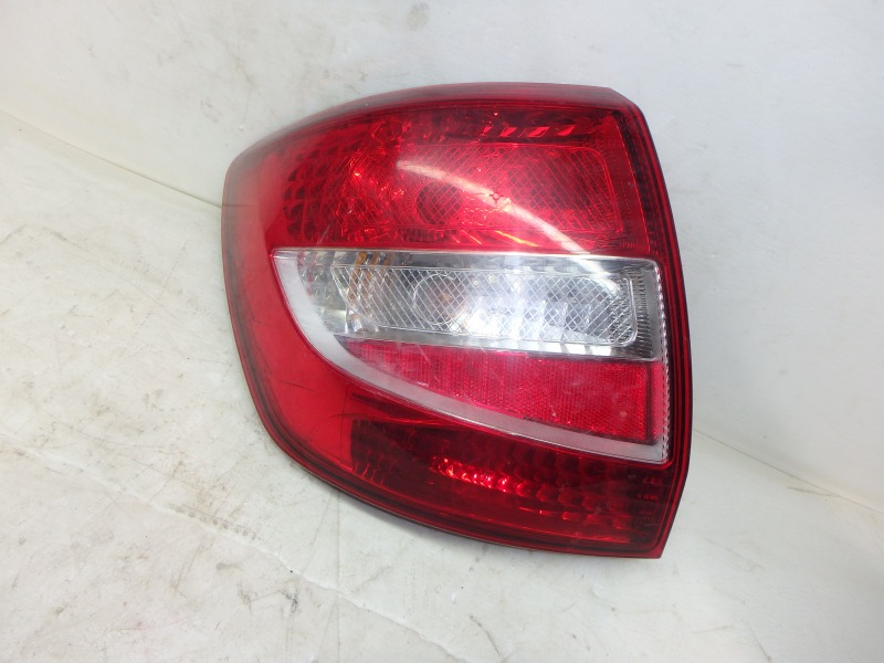 Задний фонарь Лада Гранта 2190, 2191 ВАЗ-11183, ВАЗ-11186, ВАЗ-21116, ВАЗ-21126, ВАЗ-21127 2016 задний левый