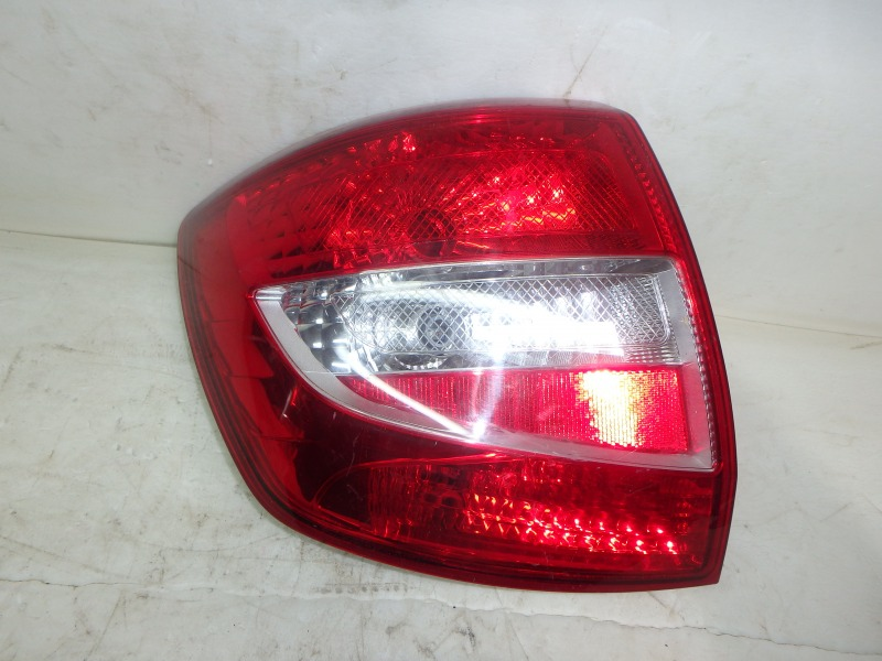 Задний фонарь Лада Гранта 2190, 2191 ВАЗ-11183, ВАЗ-11186, ВАЗ-21116, ВАЗ-21126, ВАЗ-21127 2015 задний левый