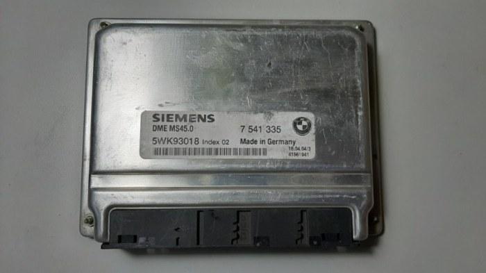 Блок управления двс Bmw 5-Series E60 N52B30 2006