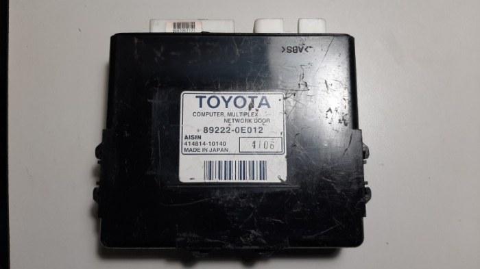 Блок управления дверями Lexus Rx330 MCU38 3MZ-FE 2004