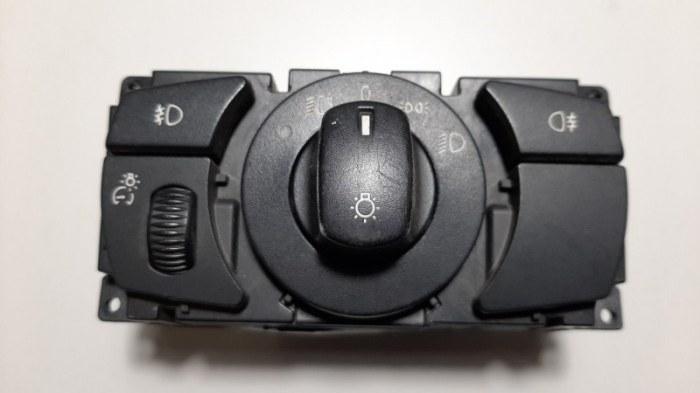 Блок управления светом Bmw 5-Series E60 M54B25 2004