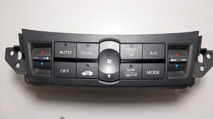 Блок управления климат-контролем Honda Accord CU2 K24Z3 2011