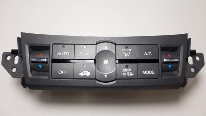 Блок управления климат-контролем Honda Accord CU2 K24Z3 2009