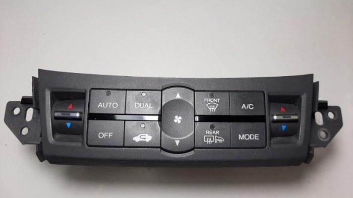 Блок управления климат-контролем Honda Accord CU2 K24Z3 2008